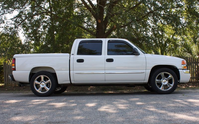 Tahoe Suburban Avalanche Silverado LTZ Chrome 20 in Wheels